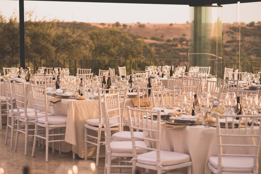 Organizar a los invitados en una boda