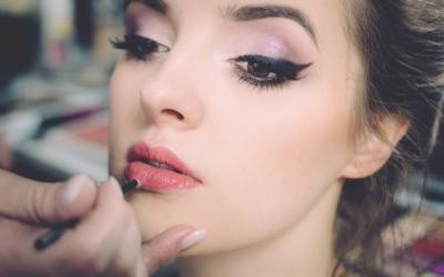 Maquillaje para invitadas en verano